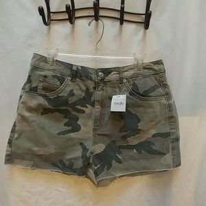 Camo Topshop Moto MOM shorts